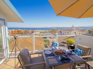 3614 Monterey Penthouse ~ Romantic City Lights, Ocean Views, Sunrises - Monterey vacation rentals
