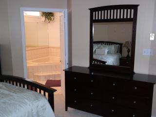 378 Laurelwoods~3 Bedroom~2 Bath~Sleeps 10 - Pocono Lake vacation rentals