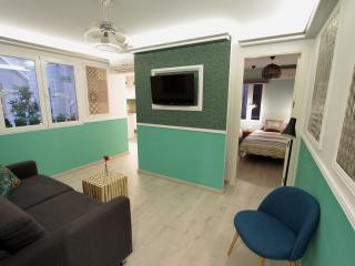 Spacious apartment with interior design at SOL - Madrid vacation rentals