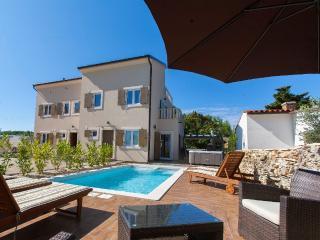 VILLA NOCCIOLA  Luxury holiday house with swimming - Premantura vacation rentals