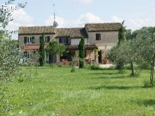 Casa Sorgente Bed & breakfast - San Costanzo vacation rentals