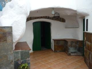 Nice 3 bedroom Cave house in Galdar - Galdar vacation rentals
