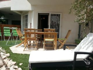 3-room apartment with a garden - Eilat vacation rentals