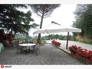 Nice 11 bedroom Farmhouse Barn in Torgiano - Torgiano vacation rentals