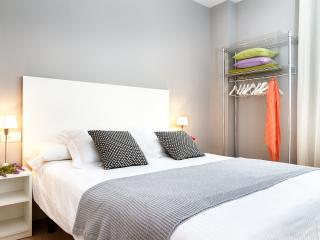 Pelai Apartment - Barcelona vacation rentals