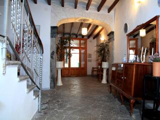 Nice 4 bedroom Soller House with Internet Access - Soller vacation rentals