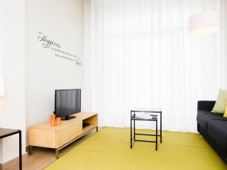 Plaza - Duplex apartment for up to 8 people - Barcelona vacation rentals