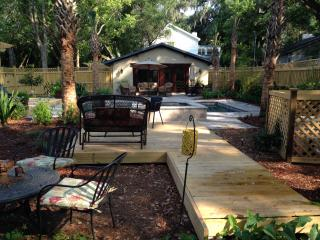 Private retreat w/heated pool/spa in hidden garden - Saint Simons Island vacation rentals