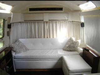 Best of urban and rural in Oakland Airstream - Oakland vacation rentals
