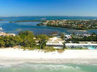 THE BEACH ON LONGBOAT KEY - One Bedroom Gulf Front Condon  * SPECIAL AUG - SEP * - Longboat Key vacation rentals
