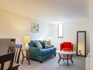 LAD18 - One bedroom in great location - West Hollywood vacation rentals