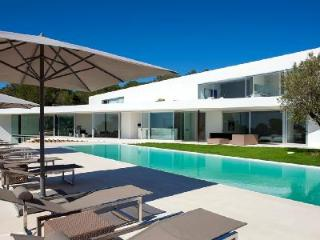 Contemporary Villa Style with Pool, Hot Tub, Hammam & Gym - Near Beaches - Sant Antoni de Portmany vacation rentals