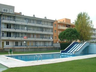 BLAU PARK 415 - L'Estartit vacation rentals