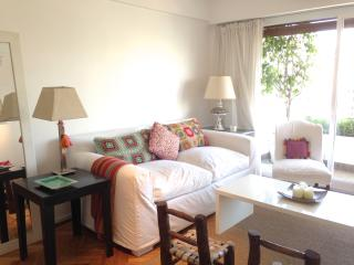 Chic 1BR apartment in Recoleta WIFI - Buenos Aires vacation rentals