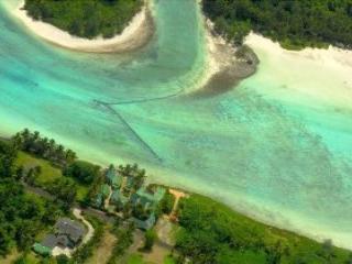 Aroko Bungalows - Titikaveka vacation rentals