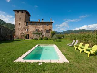 La Torre de Sant Pere - beaches 45m - BCN 1:30h - Province of Girona vacation rentals