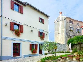 Appartement Castel 2 - Rovinj vacation rentals