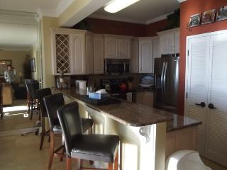 Tides 607 - 6th floor - 2BR 2BA - Sleeps 5 - Destin vacation rentals