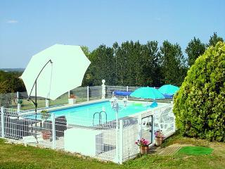 Cozy 3 bedroom Gite in Saint-Etienne-de-Villereal - Saint-Etienne-de-Villereal vacation rentals