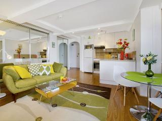 BONDI BEACH Campbell Parade Studio - Bondi Beach vacation rentals