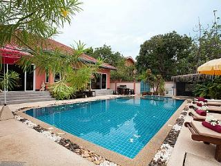 Baan Kinaree - Bang Lamung vacation rentals