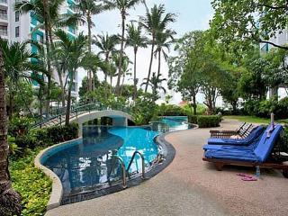 Sathorn 3Bed Suite Room 5151 - Samut Prakan Province vacation rentals