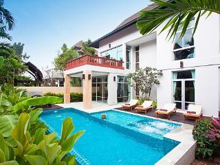 Na Jomtien Pool villa near beach - Jomtien Beach vacation rentals