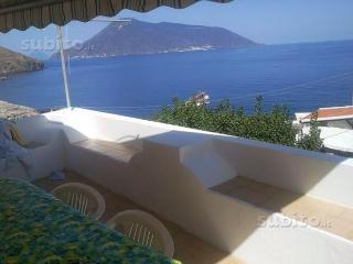 Romantic 1 bedroom Acquacalda House with Balcony - Acquacalda vacation rentals