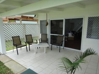 Nice House with Internet Access and Outdoor Dining Area - Arorangi vacation rentals