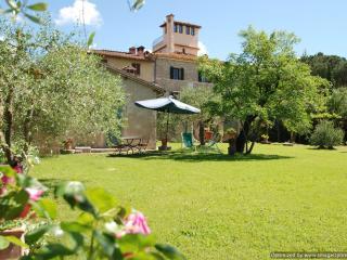 Il Lupino Ville di Corsano cottage rental - Ville di Corsano vacation rentals