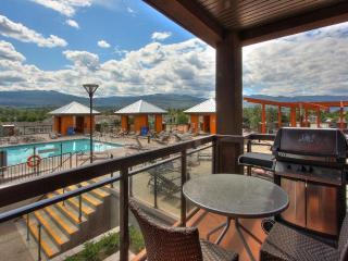 Playa De Sol Beautiful Pool Side 2 Bedroom Condo - Kelowna vacation rentals