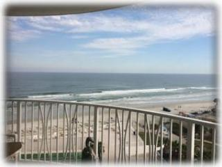 Oceanfront Delight - Peck Plaza 9SE - Daytona Beach vacation rentals