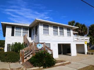 "205 Palmetto Blvd - "" Edisto Original"" - Edisto Beach vacation rentals"