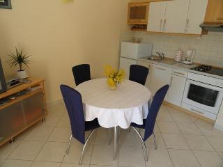 Beautiful 1 bedroom Apartment in Vinisce - Vinisce vacation rentals
