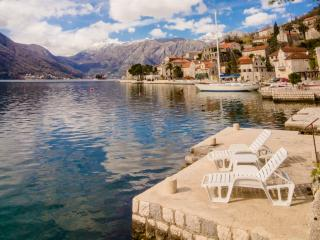 Nice Apartment in Perast with A/C, sleeps 7 - Perast vacation rentals