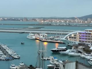 Luxury Marina facing apartment. - Gibraltar vacation rentals