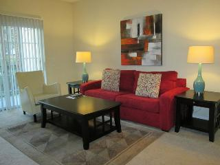 Lux Stamford 2BR w/pool & FREE pkg - Westport vacation rentals