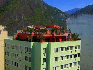 7 Bdrm Luxury Penthouse - TOP GUEST RATING IN RIO! - Rio de Janeiro vacation rentals