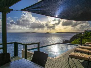EAST END LUXURY WATERFRONT VILLA WITH POOL - East End vacation rentals