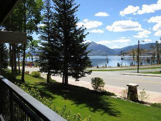 Lake Cliffe E105 - World vacation rentals