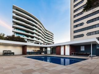 Sandy - Designer apartment right on the beach! - St Kilda vacation rentals