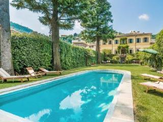 Perfect Location! Villa Oleandra boast Pool, Gym & Lovely Lake Views - Como vacation rentals