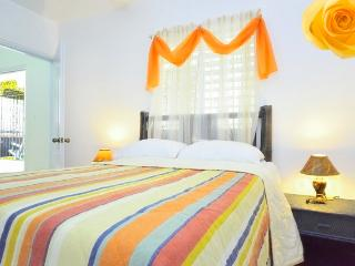 Bright 4 bedroom Condo in Rio San Juan with Satellite Or Cable TV - Rio San Juan vacation rentals