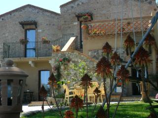 Cozy 3 bedroom Bed and Breakfast in Spadafora - Spadafora vacation rentals