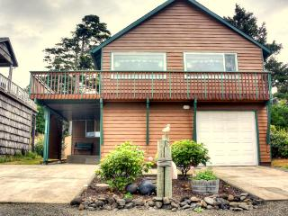 Just 4 blocks from the beach! - Cape Meares vacation rentals