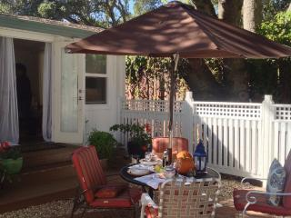 SuiteOaks-Terrace Cottage 1 BR 1 BA Petaluma - Petaluma vacation rentals