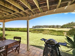 Beachfront Delight - 14b Bareena Ave (downstairs) - The Entrance vacation rentals