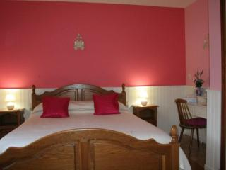 Les Eaux Tranquilles - Lavender (Mountain View) - Belvianes et Cavirac vacation rentals