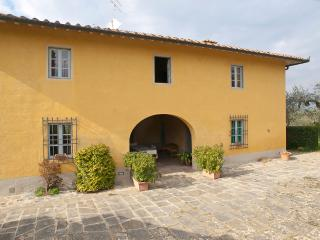 Beautiful Farmhouse in the Florentine Chianti Hills - Romola vacation rentals