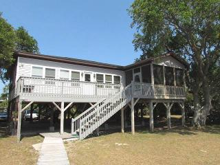 "3516 Palmetto Blvd - ""Beach House"" - Edisto Beach vacation rentals"